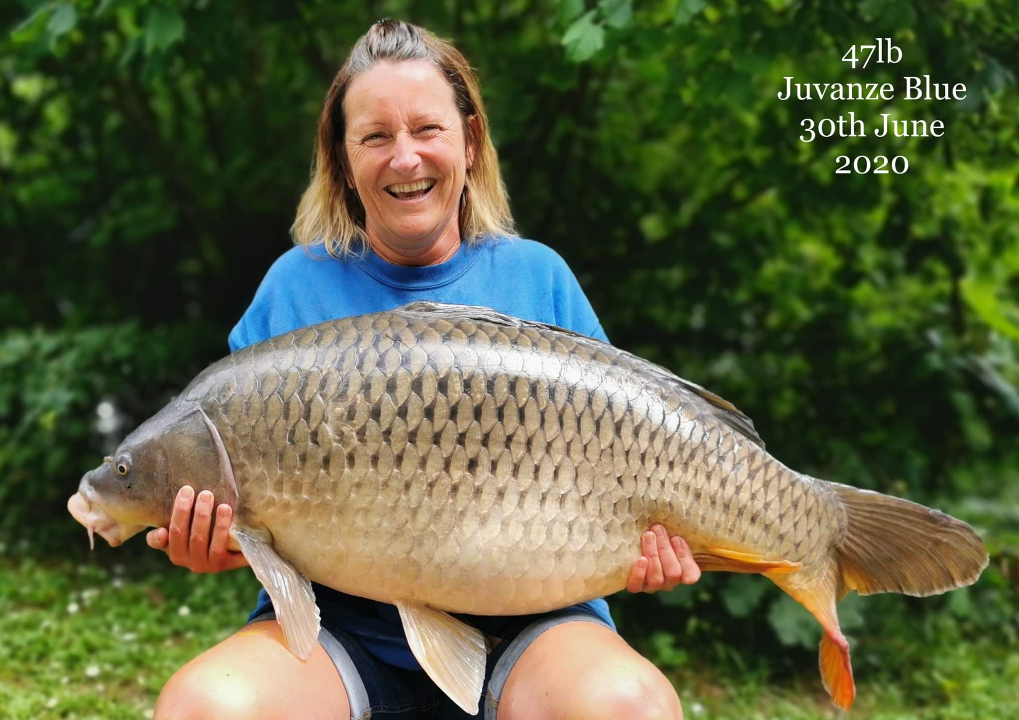 Its not just the guys the girls can catch to using whitetigerfishing products well done.